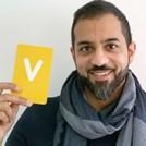 Faraz Yousafzai holding the letter V