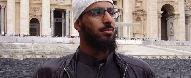 A Student from Cambridge Muslim College in St Peter's Square